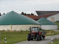 Biogasanlage_Traktor_Landwi.jpg