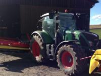 Der Traktor 720 Vario Profi von Fendt wird f�r 119.000 Euro auf technikboerse.com verkauft.
