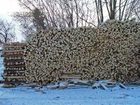 Holzstapel (klick aufs Bild)